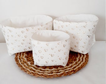 Basket with washable wipes, diapers, storage basket in double unbleached gauze and golden hearts