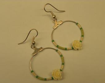 Creole earrings resin flower