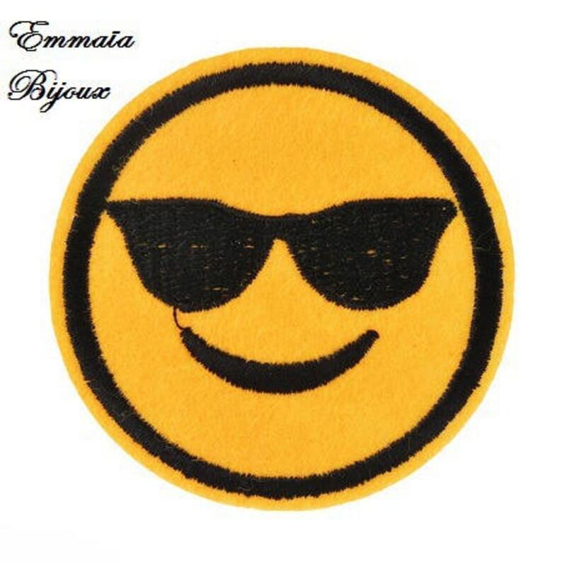 7024cee68c26c 8 patchs emoji écusson émoticône smiley tissu