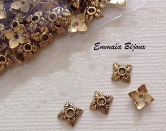 20 golden leaves 6 x 6 mm pearls