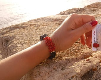 Triple red coral and black onyx bracelet