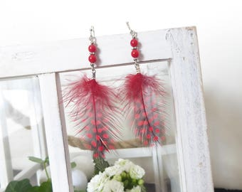Red dangle earrings with red and black feather (possible to mount on clip)