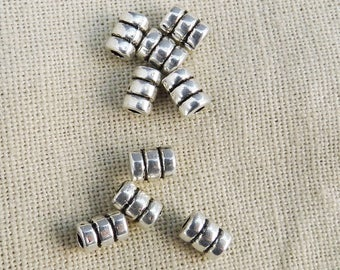 antiqued silver striped tubes 6 x 4 mm A22019 30 beads
