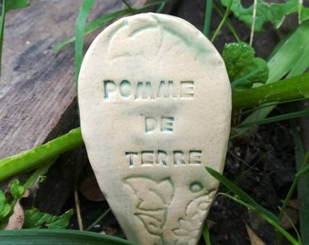 For the vegetable garden, potato marker panel, to be planted next to the vegetable to indicate its place or nature