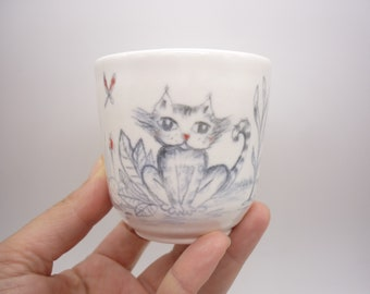 cup cat dreaming, love of tomcat, handmade drawing, illustrated mug, gray cat, handmade gift, rustic gift, pottery, tee time