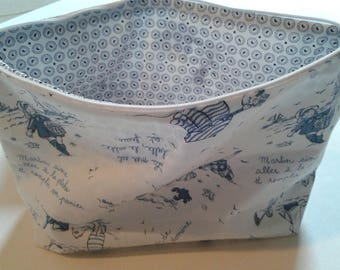 Toilet bag fully lined