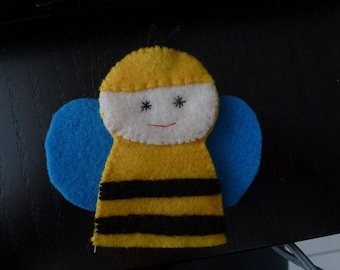 the little bee maya felt finger puppet