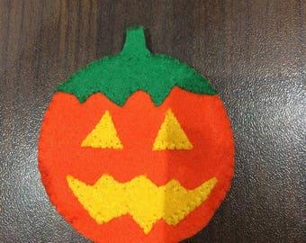 felt pumpkin halloween finger puppet