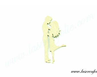Couple of young lovers now smooch, made in medium, size 5 cm
