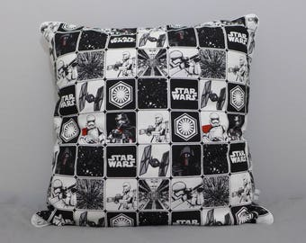Cushion cover piped 40 x 40 cm star wars
