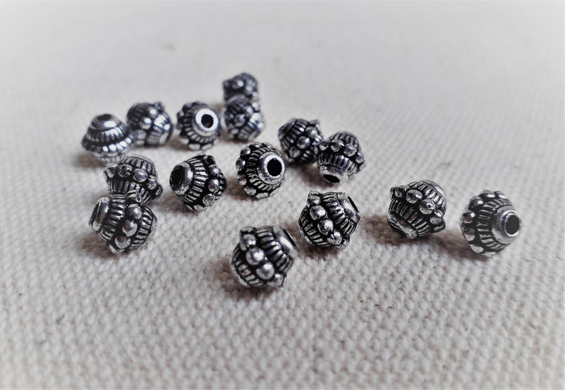 Lot of 15 Ethnic Pearls-Nepal Tibet Himalayas-Pearls of the World