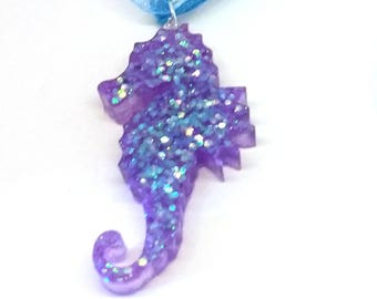 Kawaii glitter seahorse necklace