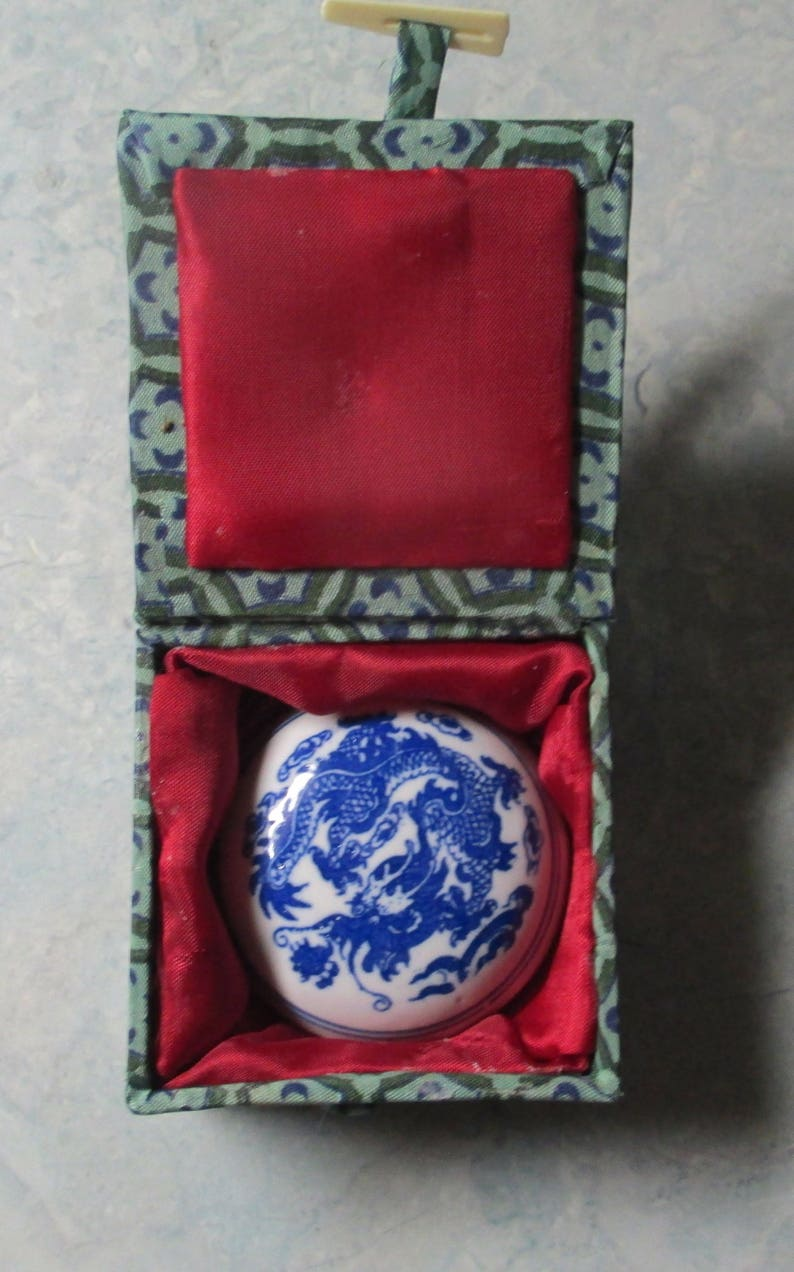 Mint Condition Hand Painted Dragon Design 50/'s Japanese Sealing Wax Vintage   With Silk Lined Box 1940/'s