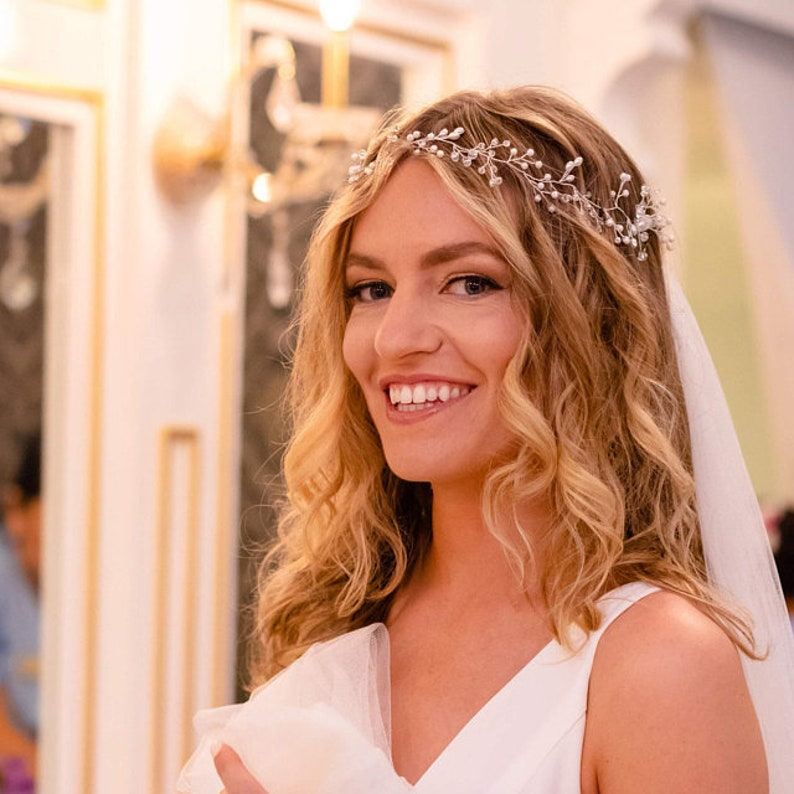 Bridal hair vine Crystal and Pearl hair vine Hair Vine Bridal Hair Vine Wedding Hair Vine Crystal Hair Piece Bridal Jewelry Hair Vine Pearl