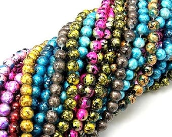 WHOLESALE LOT 500 glass beads, 4 mm round, various color patterns, spotted, pink blue gold pink etc.