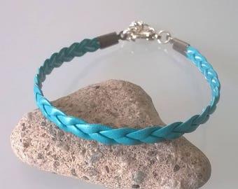 Lagoon blue flat leather bracelet