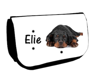 Cosmetic case Black /crayons Rottweller personalized with name