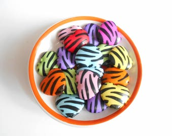Zebra black and multicolor hearts 10 beads