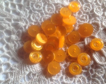 Six buttons yellow-orange, 70-80
