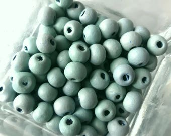 100 wood beads round sky blue 6 mm