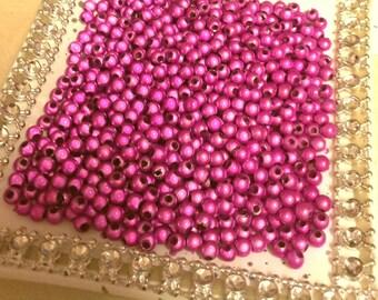 Set of 50 beads 4mm T25 fuchsia magic