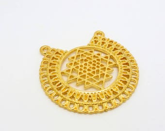 1 pendant round shape connector Zen meditation 34 * 34mm gold plated (8SCD20)