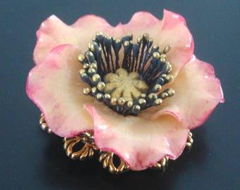 A beautiful poppy brooch
