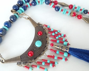 -Necklace 2 in 1 - collectible ethnic blue and Red