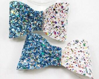 2 cute bows bi-color blue and white glittery multicolor 65 * 40mm