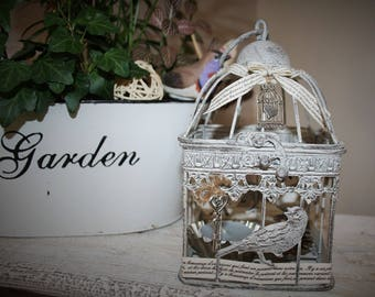a bird cages are deco