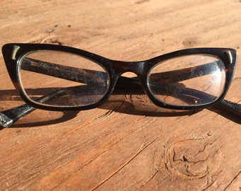 Vintage 1950s lucite tortoiseshell cat eye style eyeglass frames