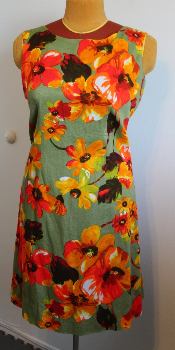 L 1950s Hawaiian Sun Dress with Plunging Back