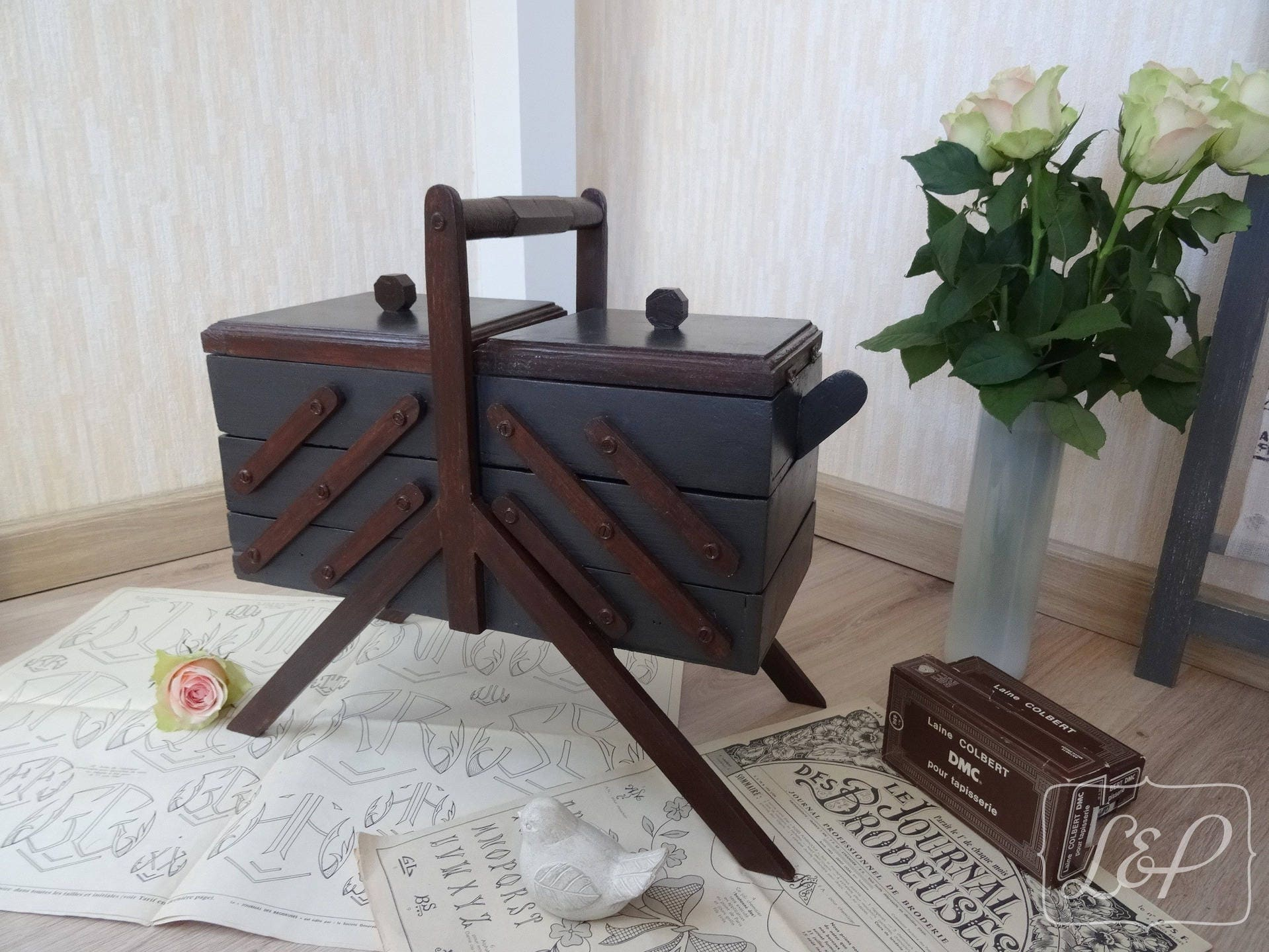 Décoratrice D Intérieur Rodez vintage worker makeover, box knitting art deco furniture sewing patina,  interior decoration, storage, living room furniture