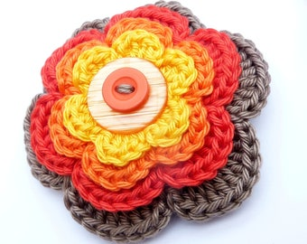 """Crocheted multicolored """"Sunny Day"""" flower brooch"""