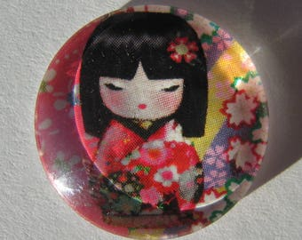 Red glass cabochon round 20 mm with the image of Chinese girl in pink