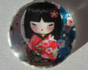 Red glass cabochon round 20 mm with the image of Chinese girl in blue grey