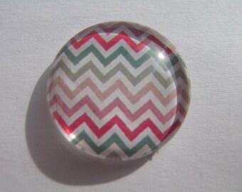 Cabochon 25 mm round domed with its multicolored geometric pattern image