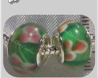 GREEN CLOVERS ROSES CHARMS HAND BLOWN LAMPWORK GLASS RONDELLE BEADS 2 * D333