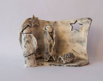Christmas crib, clay glazed black faded, composed of 3 subjects and a wall, Christmas Decor