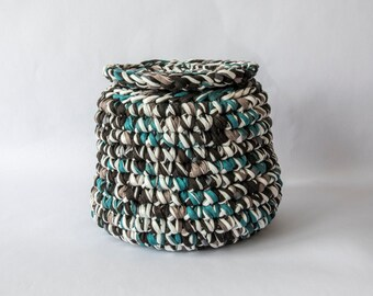 Basket with lid, round basket, woolen traphilo crocheted, blue, black, taupe