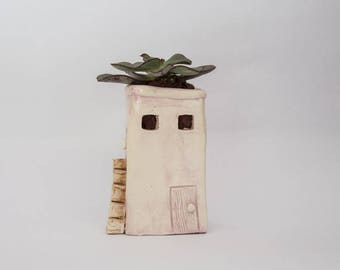 Small spirit house naive, broken windows, little bird, Ceramic Pot warmer enamel powder pink