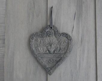Faded gray enamel flowers in relief ceramic heart