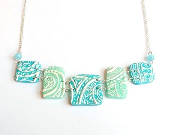 Necklace - Style geometric relief arabesques