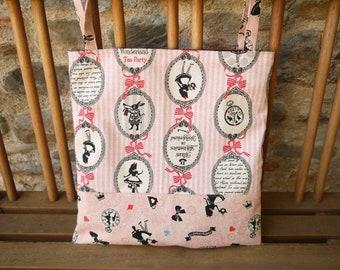 Tote Bag Réversible, Motif Alice au pays des merveilles, noeuds, lapin, sac rose et noir,  sac girly, sac fourre tout, lavable en machine,
