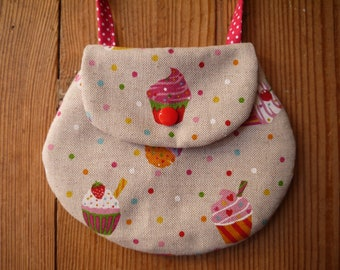 Girl bag, patterns cup cakes, peas, linen and pink, machine washable cotton, little girl gift, little girl, machine washable