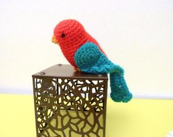 Pretty bird amigurumi (crochet hand)