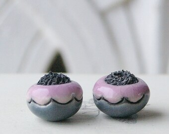 Handmade Ceramic Raku Bead, Grey and Pink Pearl, Ethnic Style, X2