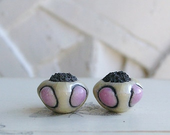 Handmade Ceramic Raku Bead, Beige Pearl, Ethnic Style, X2