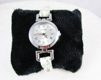 Liberty - green and white tones - REF BM015 wristwatch