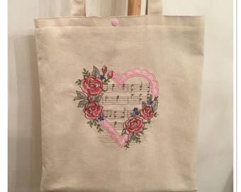 Tote bag in Ecru cotton embroidered with a romantic heart